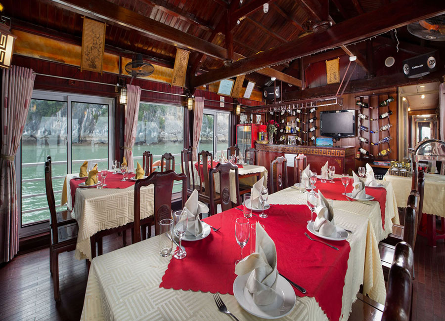 golden-bay-cruises-halong-restaurant