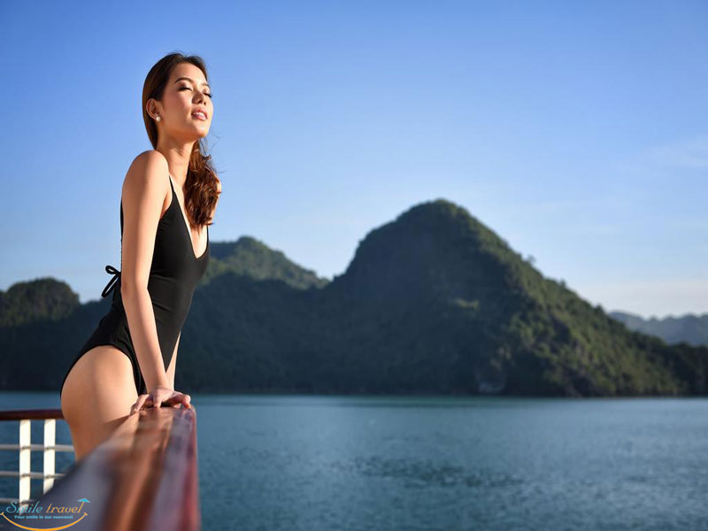 Paradise luxury cruises halong bay