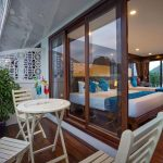 alisa-cruise-halong-cabin-with-balcony