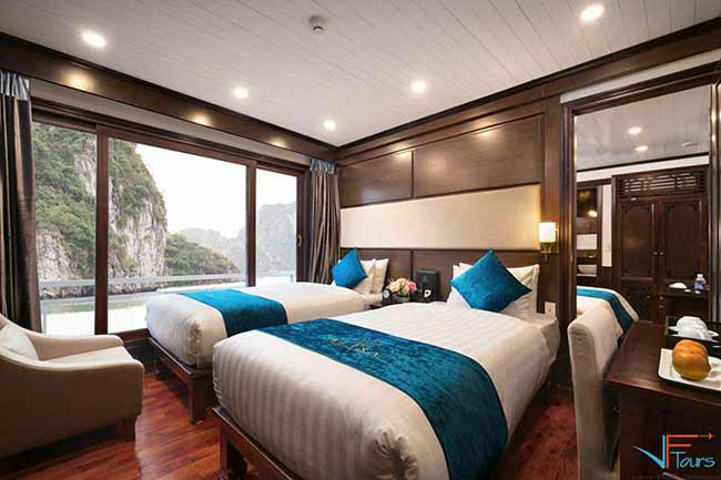alisa-cruise-halong-smiletravel