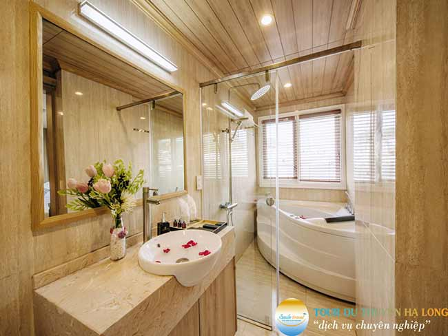 bathroom-athena-elegance-crusies-smiletravel