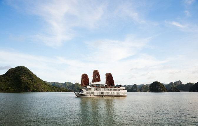du-thuyen-glory-legend cruises-halong