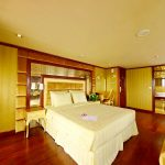 golden cruises-suite-cabin1