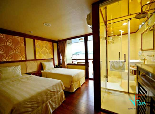 golden-cruises-triple-cabin1-vietnam-cruise-tour