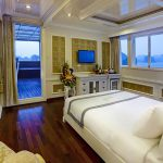 signature-halong-cruise-exlusive-cabin