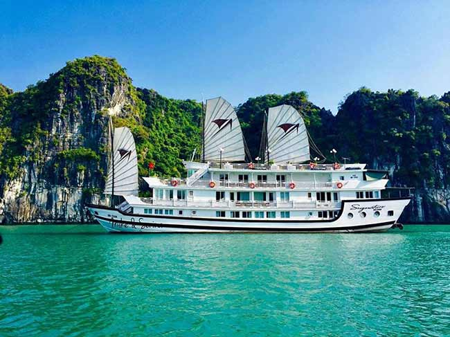 signature-halong-cruise-smile.travel