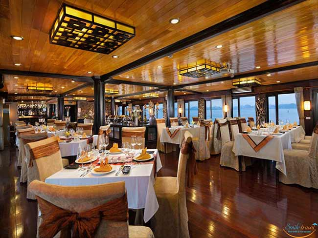 victory-star-cruise-Restaurant