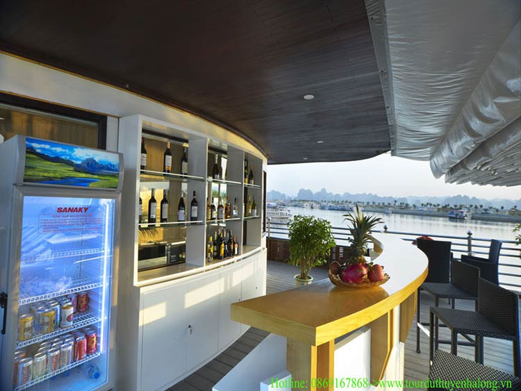 bar-athena-elegance-cruise-halong