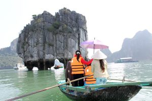 halong 1 day tour from Hanoi- tour du thuyen ha long 1 day