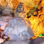 thien-cung-cave-in-halong-bay