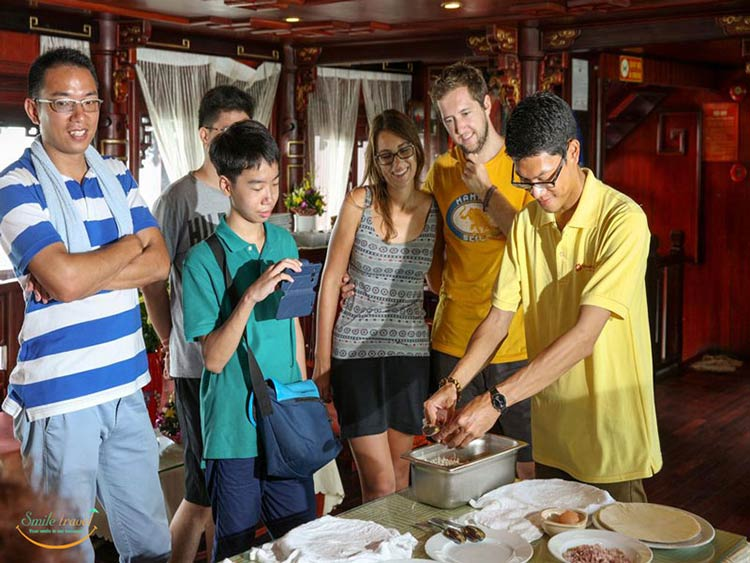 imperial-classic-cruise-halong-cooking-class
