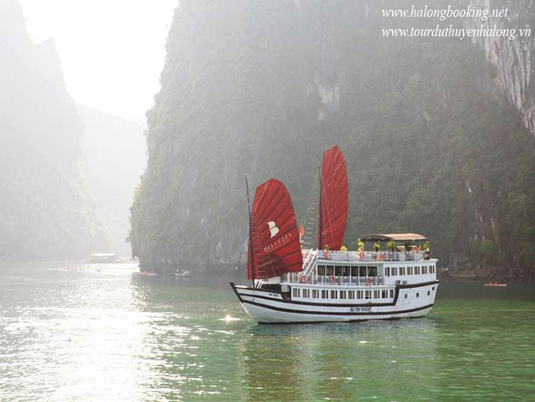 Bellezza-Cruises-Halong-view