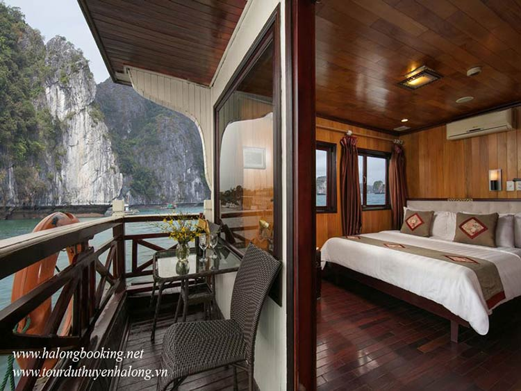 Majestic-Halong-Cruise-vip-cabin