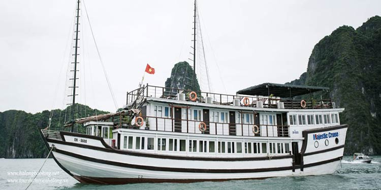 du thuyen majestic cruise halong gia re- LH 0869167868- Smile Travel