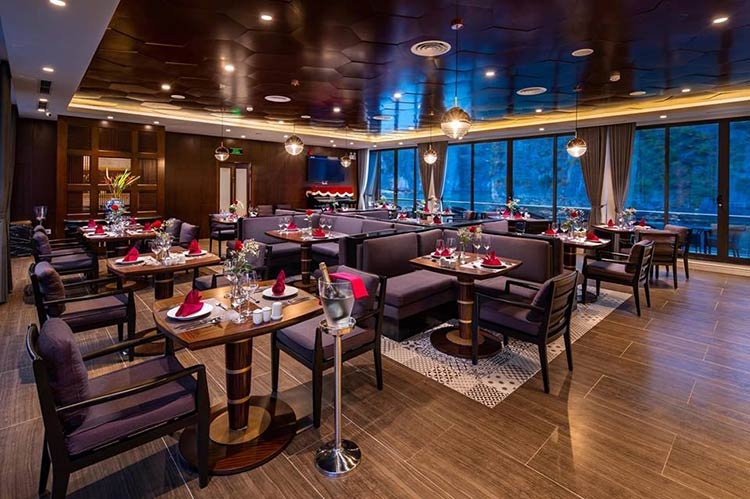 stellar-of-the-seas-cruise-over-view-restaurant