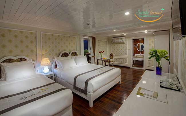 exclusive-family-signature-royal-cruises-smiletravel