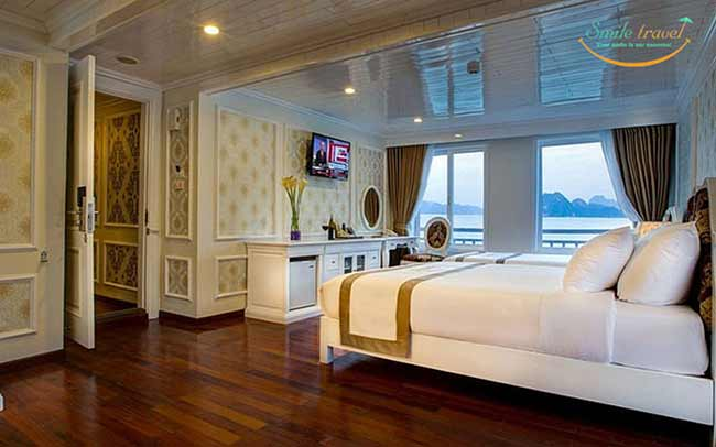 exclusive-family-suite-signature-royal-cruise-smiletravel