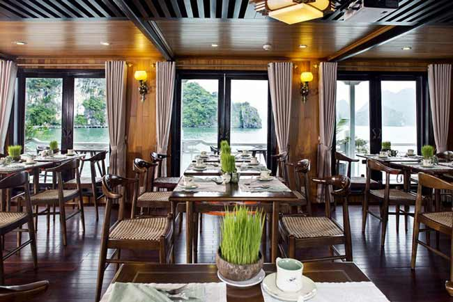 Aphrodite-Cruise-halong-restaurant