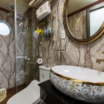 la-fiesta-cruises-bathroom-cabin