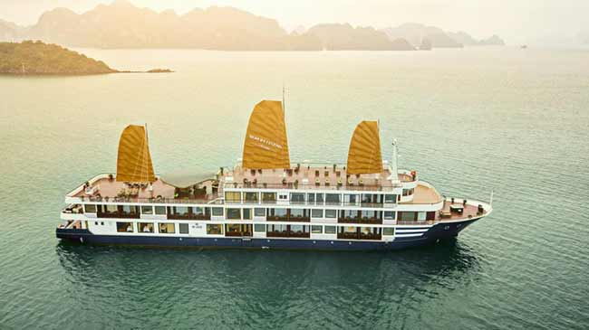 Du thuyền Sealife Legend cruise