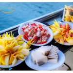 smiletravel-rowing-boat2-in-lan-ha-bay-snset-party1