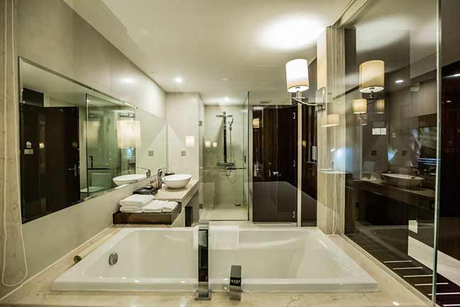 Central Luxury Hạ Long Hotel10