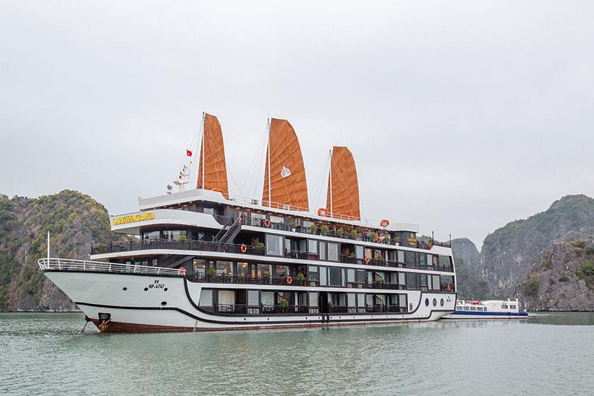 Du Thuyền La Regina Cruises Legend 5 Sao Đẳng Cấp 2020