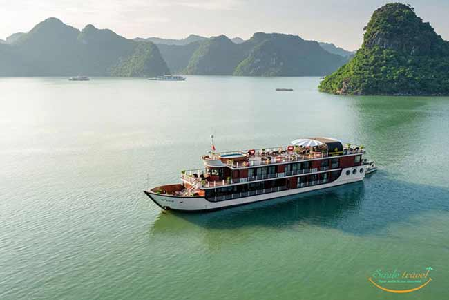 orchid-premium-cruises-halong-bay-smiletravel