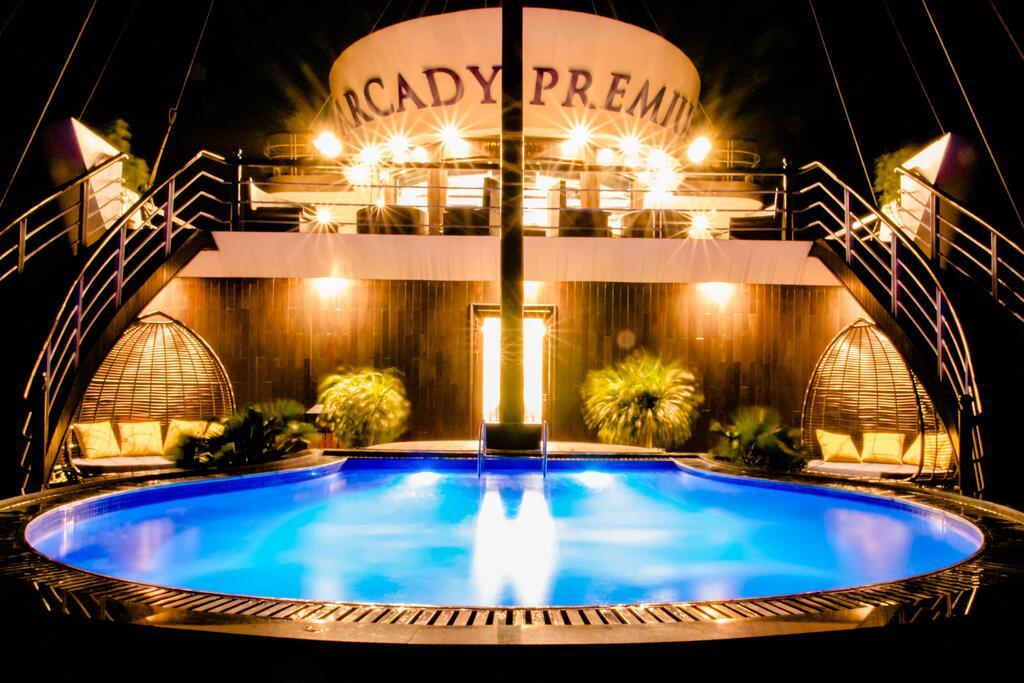 Voucher 2N1Đ Du thuyền Arcady Premium 5 sao tại Vịnh Hạ Long